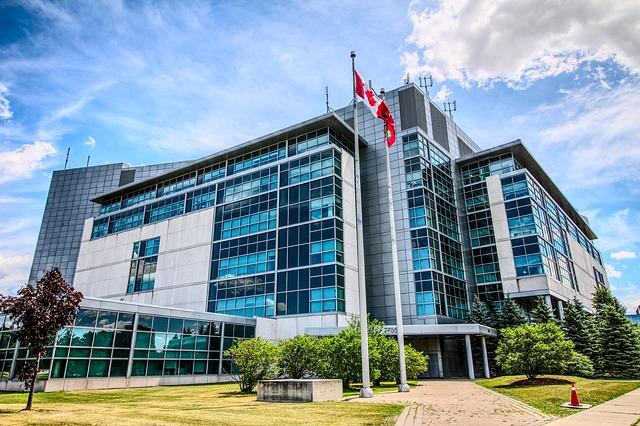 加拿大对安提瓜和巴布达公民实施签证规定
